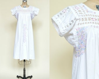 Vintage Mexican Dress --- 1970s White Embroidered Dress