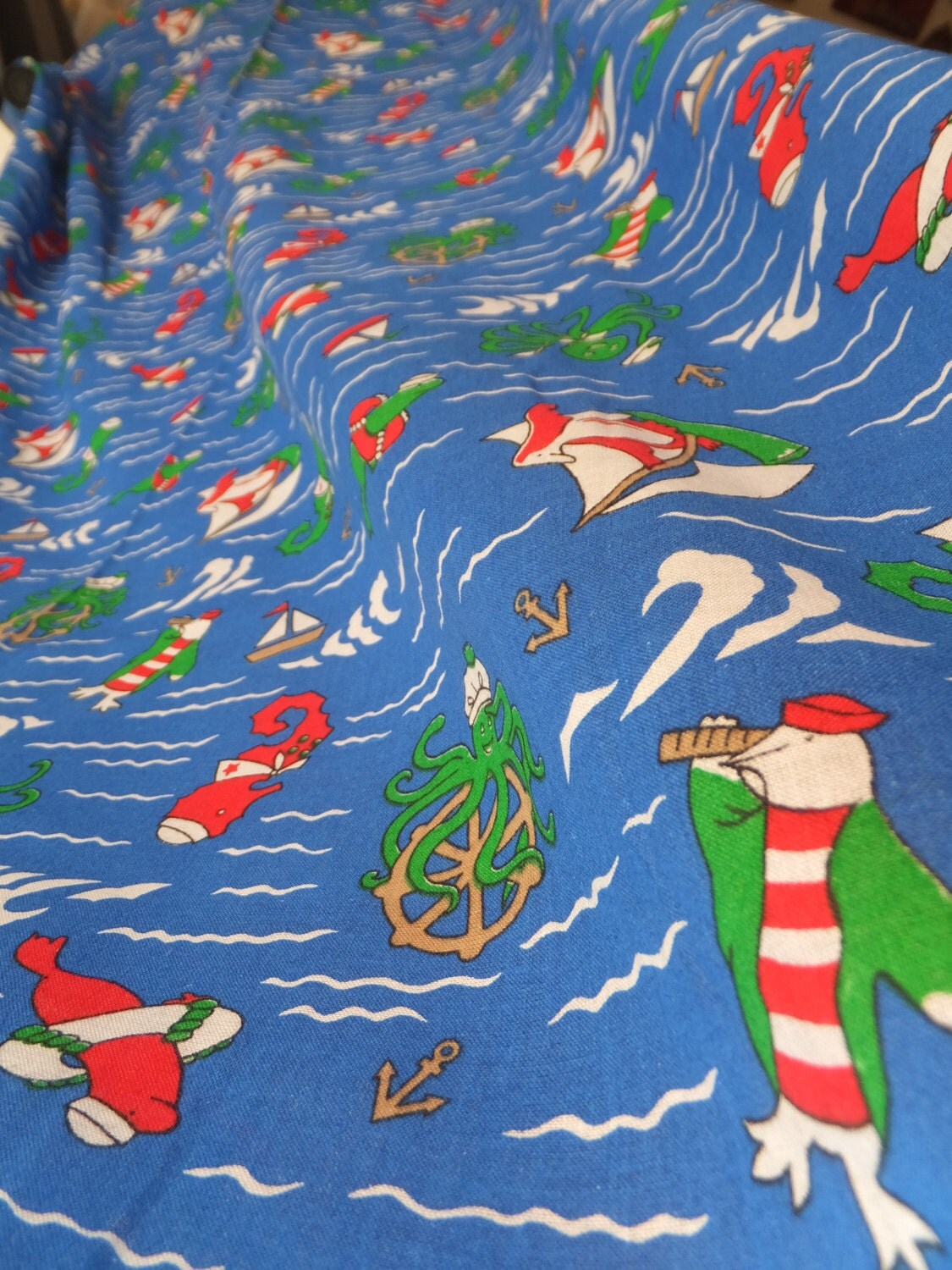 Vintage nautical fabric children 39 s whimsical sea life for Children of the sea fabric