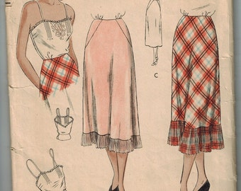 1940s Sewing Pattern Vintage Vogue 6327 Size 16 Half Slip / Bias Petticoat with Pleats and Camisole