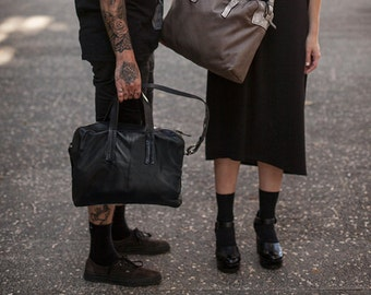 Women Men Shoulder Working Bag, Everyday Urban Crossbody bag, Zipper Fastening Laptop Messenger Bag, Classic Unisex Black Leather Handbag
