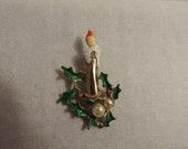 Funky Vintage Christmas Brooch Gold Candle with Holly and Pearls