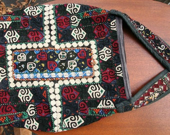 Vintage KILIM Textile Boho Sling Satchel: Tapestry of Embroidered Hearts, Spirals, Geometric Shapes // Zipper Top Closure