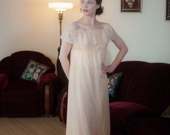 Vintage 1920s Nightgown - Darling Pale Peach Silk Full Length 20s Nightgown with Empire Waist, Lace trim and Rosettes