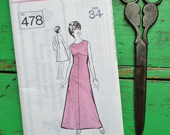 Vintage Sewing Pattern 60s 70s Women's Dress Day or Evening Wear - Sunday People Pattern No. 562 - US Size 10 - UK Size 12 - factory folded
