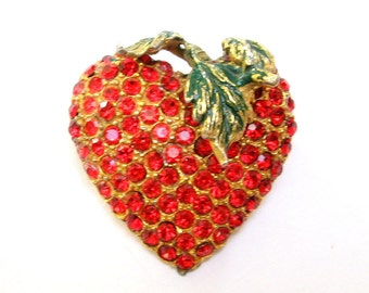 Vintage RHINESTONE Pin BROOCH Strawberry HEART Valentine Enamel Red Ruby Pot Metal Gold Old Jewelry