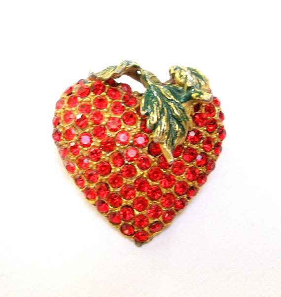 Vintage RHINESTONE Pin BROOCH Strawberry HEART Valentine Enamel Red Ruby Pot Metal Gold Old Jewelry