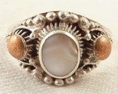 Size 6.75 Vintage Textured Sterling White Shell Ring with Copper Accents