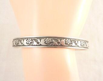 """Vintage Sterling Floral Pattern Bangle Bracelet Engraved """"Mary to Helen"""""""