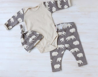 Organic Going Home Outfit - Baby Take Home Outfit - Organic Boy Outfit - Baby Onesie Pant Hat Set - Oraganic Baby - Zaaberry - MADE TO ORDER