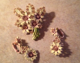 60s Pink Orchid Rhinestone Brooch and Earring Set