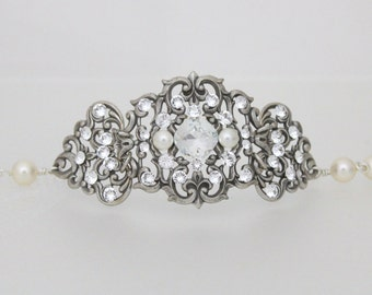 Crystal Bridal bracelet, Pearl Wedding bracelet, Antique silver bracelet, Bridal jewelry, Swarovski crystal bracelet, Pearl bracelet