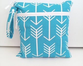 Blue Arrow Double Wet Bag, Wet Dry Bag with 2 zippered pockets, cloth diaper bag, swimsuit bag, kitchen wet bag