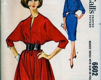 Vintage McCalls Pattern 6602  * UNCUT * Misses' Dress with Slim or Full Skirt. Dolman sleeved Dress * Size 12, bust 32