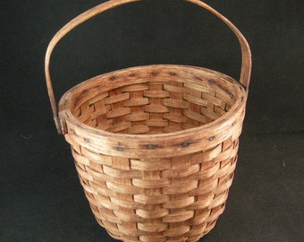 Vintage Country Baskets, Country Oak Splint wood Gathering/Egg Basket w/ Moveable Handle, Americana, Gathering Oak Baskets,**USA ONLY**