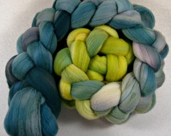 Inner Glow 2 merino wool top for spinning and felting (4.1 ounces)