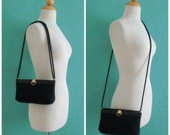 vintage black weaved cross body handbag