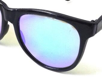 vintage 1980's NOS wayfarer sunglasses black plastic frame blue mirror lenses sun glasses men women eyewear fashion retro accessories modern