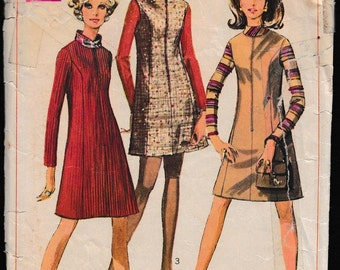 Simplicity 7758 Juniors and Misses' Dress or Jumper