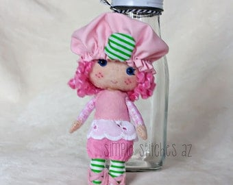 """HANDMADE Raspberry Tart Felt Made to Order Doll - 5.5"""" Raspberry Tart Doll - Strawberry Shortcake - Miniature Doll - Gingermelon Doll"""