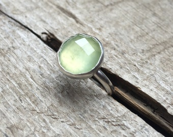 Elegant Boho Rocker Chic Faceted Apple Green Prehnite Solitaire Ring