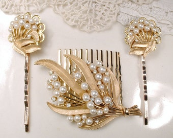 OOAK Ivory Pearl & Clear Rhinestone Gold Leaf Bridal Hair Comb, TRIFARI Designer Vintage Wedding Hairpiece, Rustic Chic Country Modern Clip
