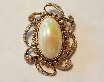 Large baroque pearl & rhinestone brooch pin gold high end Vintage Jewelry