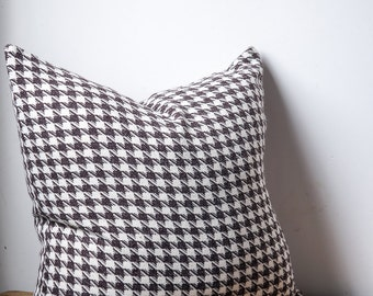 Brown and ivory houndstooth