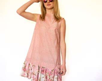 60s Baby Pink Sparkly Floral Flounce Hem Sleeveless Trapeze Dress s m