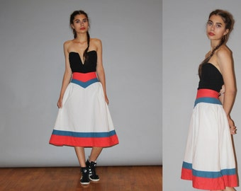 Vintage 1960s Nautical Preppy Red White and Blue Cotton Circle Skirt  - Vintage 60s Skirts - Vintage 1960s Cotton Skirt  - WB0421