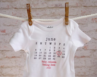Pregnancy Announcement Onesie, Pregnancy shirt, pregnancy bodysuit, personalized baby onesie, baby onesie, birth announcement, typewriter
