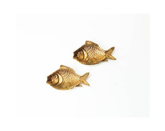 Pair of Vintage Brass Fish Dishes / Jewelry Dishes