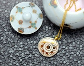 Porcelain necklace, white with gold circles