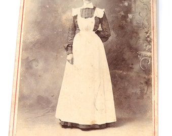 Victorian Household Maid in Uniform Cabinet Card, 1901, RARE, Gustafson Photography, San Antonio, Texas
