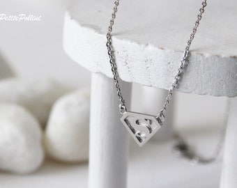 Superman Necklace in Silver/ Gold. Everyday Wear. Fun Jewelry. Cute Necklace. Unisex Gift (PNL-106)