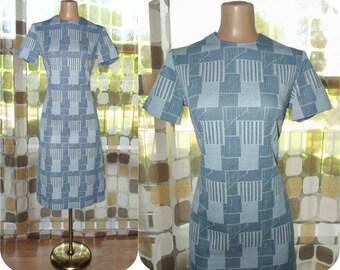 Vintage 60s Dress | 1960s Op-Art Dress | Chambray Blue Geometric Print | Space Age MOD | Scooter Girl Shift Cut | Size Medium Large