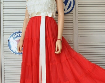 Vintage Womens Teens 70s does 50s Formal Prom Dress/White Lace Bodice/Sheer Red Layer Tiered Skirt/Juniors/Holiday Bridal Pageant XS