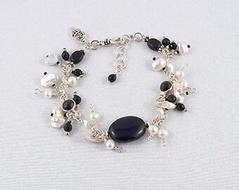 Black Onyx/White Baroque Pearl Bracelet