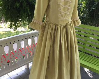 Ships Today Women's  - Colonial, Pioneer, Prairie Dress