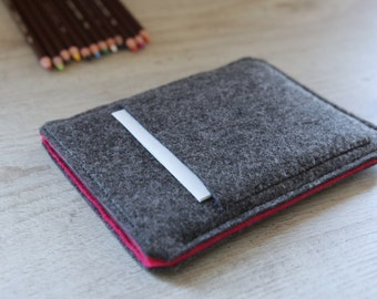 Kindle Fire, Kindle Voyage, Kindle Paperwhite case cover sleeve handmade dark felt and pink with pocket