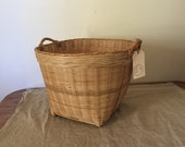 Fabulous High Quality Medium size Vintage wicker storage basket / My Vintage Home
