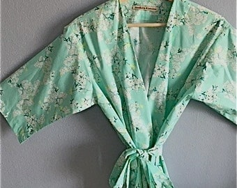 READY to SHIP MEDIUM Kimono Robe. Dressing Gown. Mint Cherry Blossom Kimono Robe. Bridesmaid Robes. Knee Length.