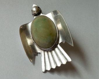 Vintage Mexican Jade Sterling Silver Dove / Bird Pin (No. 1364)