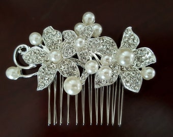 Bridal Hair Comb with Three Rhinestone Flowers and Pearl Accents