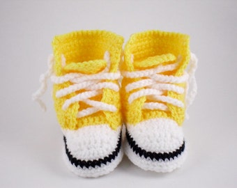 CrochetBright Yellow Converse Style Baby Booties, Crochet Baby Bootees, Baby High Tops, Baby Shoes, Crochet Shoes, Crib Shoes, 0-6 months
