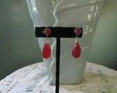 Art Deco Glass Screwback Earrings / Cranberry Dangling Earrings / 30s Dangle Earrings