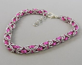 Micro Chainmail Bracelet, Pink and Silver Color Chainmaille Bracelet, Chain Mail Jewelry, Byzantine Bracelet, Pink Braclet