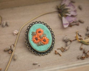 Hand Embroidered Flower Brooch - Floral Brooch - Antique Bronze Brooch - Brooch Pin - Flower Brooch - Hand Embroidery - Vintage Inspired