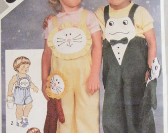 Vintage 1981 Child Girl Boy Lion Frog Overall Pattern - Simplicity 5305 -  Size 3 - Toddler