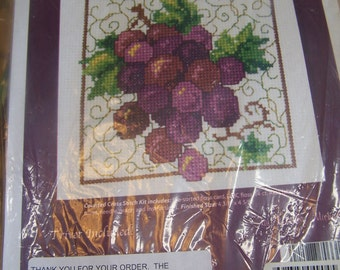 Kit NIP Cross Stitch Trivet Grape Design