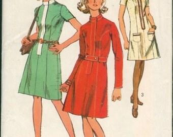 Uncut Vintage 1970s Simplicity 9007 Front Zip Hidden Placket A-line Princess Dress Sewing Pattern B34